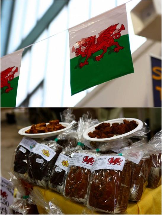 赤いドラゴンの旗がはためくウエールズのマーケットには沢山のバラブリスが並んでいます☆