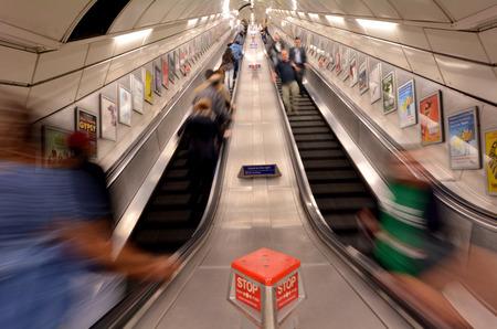 2_escalator